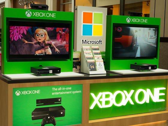 Die Spielekonsole Xbox: Microsoft-Chef Satya Nadella plant ein einheitliches Betriebssystem für unterschiedliche Geräte und Bildschirme aller Größen. Das soll Benutzern schlüssigere Erfahrungen ermöglichen.