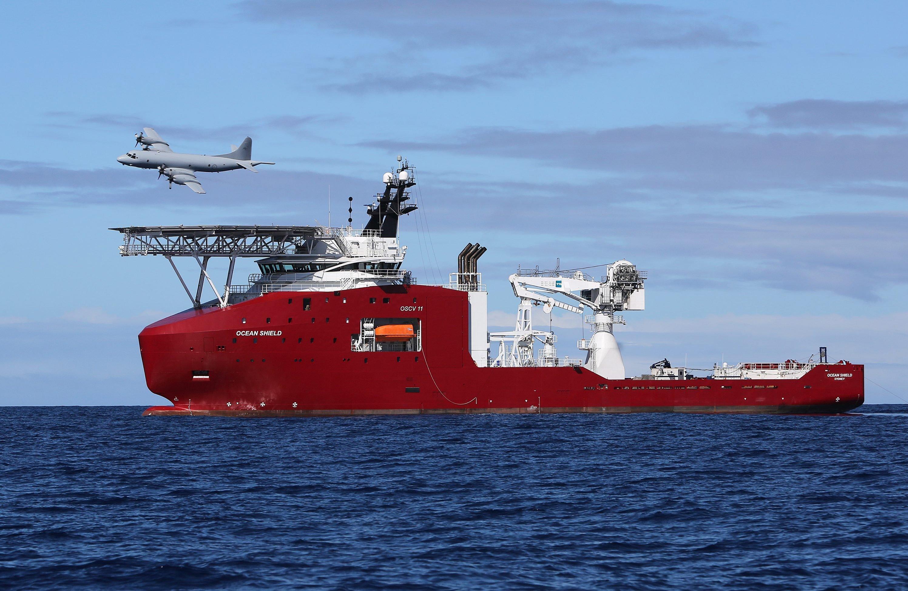 Suchpatrouille der australischen Marine nach dem vermissten Flug MH370: Die Hoffnung, den Flugschreiber zu finden, hat sich bislang zerschlagen.