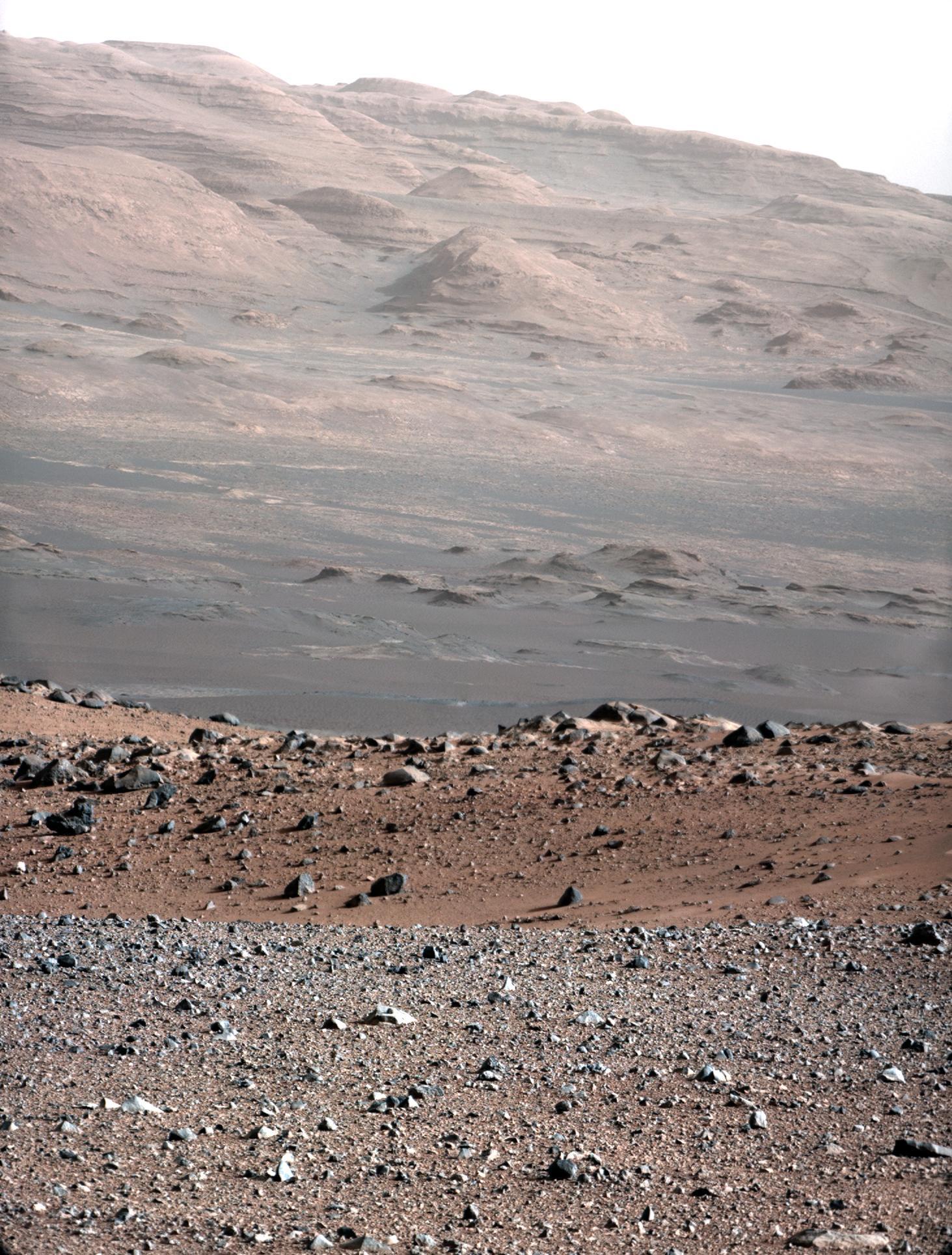 Curiosity hat beeindruckende Aufnahme der Marslandschaft zur Erde geschickt.