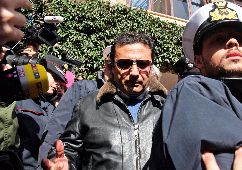 Der frühere Kapitän der Costa Concordia, Francesco Schettino, der wegen der Schiffskatastrophe unter Anklage steht, betätigt sich derzeit als Experte für Panik-Management.