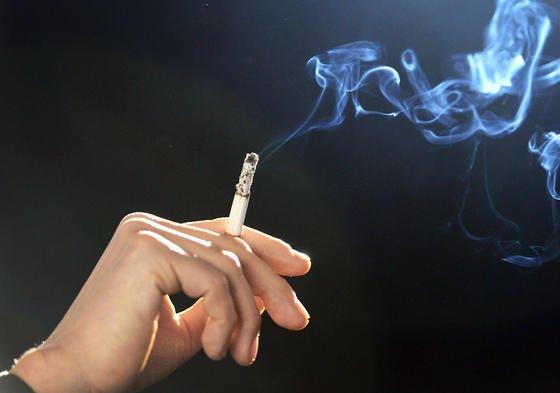 Koreanische Forscher bereiten die Filter gerauchter Zigaretten mittels Pyrolyse so auf, dass sich das Material zur Herstellung von Superkondensatoren eignet.