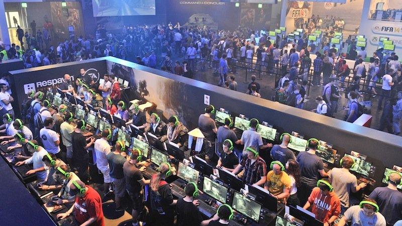 Gut besucht war letztes Jahr auch der Stand von EA: Dort konnten Besucher das Actionspiel Titanfall spielen.