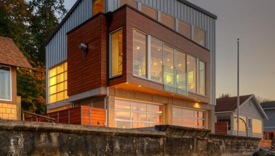 Das Tsunami-Haus des Architekten Dan Nelson steht auf der Insel Camano im regenreichen US-Bundesstaat Washington. Im Notfall wird das Erdgeschoss zur Flutkammer.