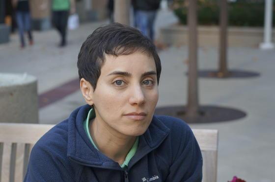 Die iranische Professorin Maryam Mirzakhaniarbeitet hauptsächlich im Bereich der sogenannten nichteuklidschen Geometrie. Ihren Doktortitel erlangte die 36-Jährige in Harvard, heute lehrt sie an der Universität Stanford.