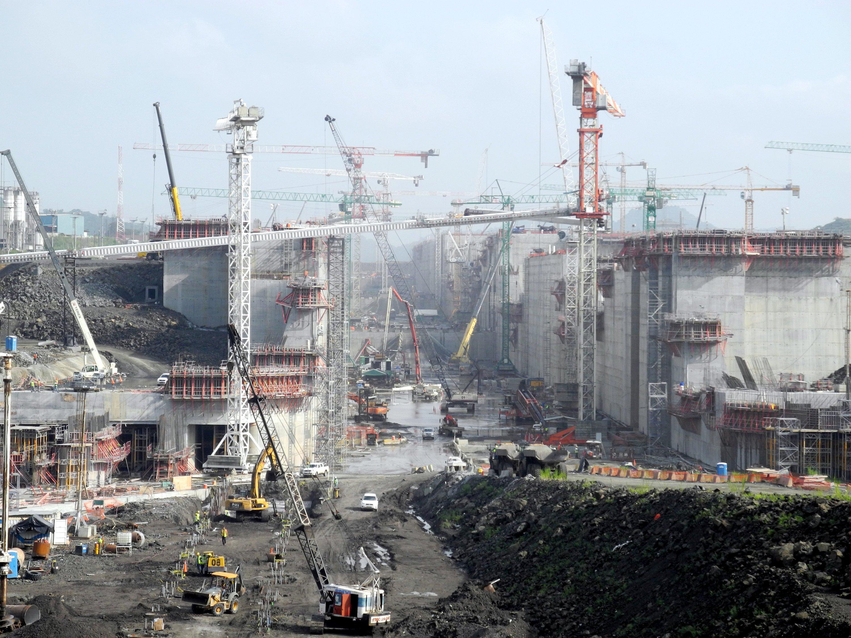 Die Baustelle für die neue Schleuse auf der Pazifikseite des Panamakanals, aufgenommen am 15. Juli 2014 in Cocoli.
