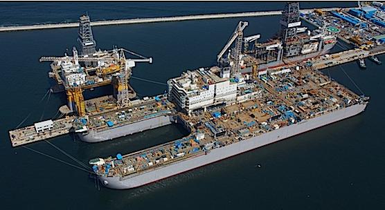 Das größte Schiff der Welt, die Pieter Schelte, wird derzeit in einer Werft des südkoreanischen Schiffbauers Daewoo gebaut.