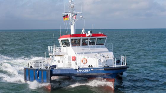 Lotsenboote wie die Explorer müssen ihr Tempo sehr oft ändern. Bislang ist das ständige Stop-and-Go für Dieselmotoren eine Belastung. Die Hybridtechnologie soll das ändern.