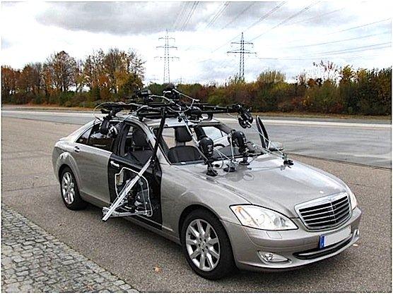 Die Daten für das Simulationsmodell lieferten Personen, die in einem Testauto Bremsmanöver und plötzliche Spurwechsel über sich ergehen lassen mussten.