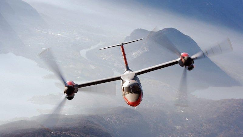 Sobald der Kippflügler in der Luft ist, drehen sich die Rotoren wieder. Er fliegt dann wie ein klassisches Flugzeug.