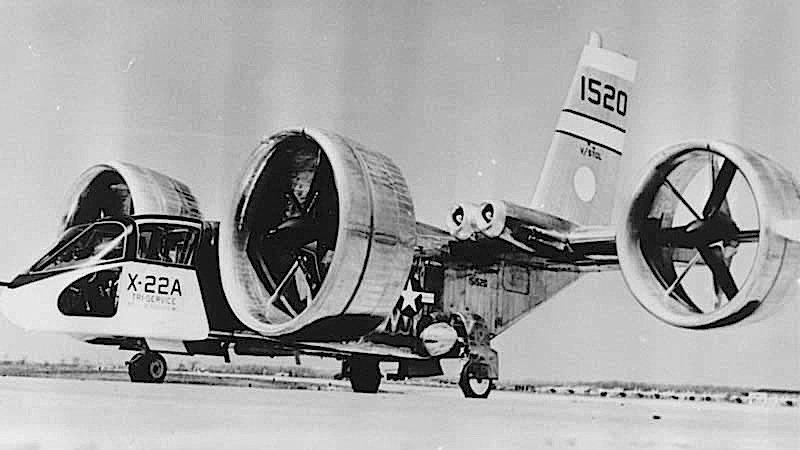 Schon in der 1960er Jahren experimentierte die US Air Force mit Kippflüglern: Zu den Experimentalflugzeugen gehörte die X22 von Bell.