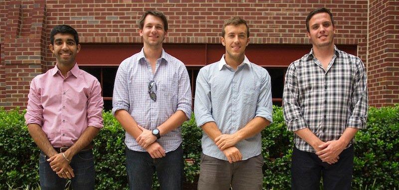 Die vier Studentender amerikanischen North Carolina State University haben finanzielle Rückendeckung: Sie erhalten von derNorth Carolina State's Unternehmensinitiative 8500 Euro für die Weiterentwicklung des Nagellacks.