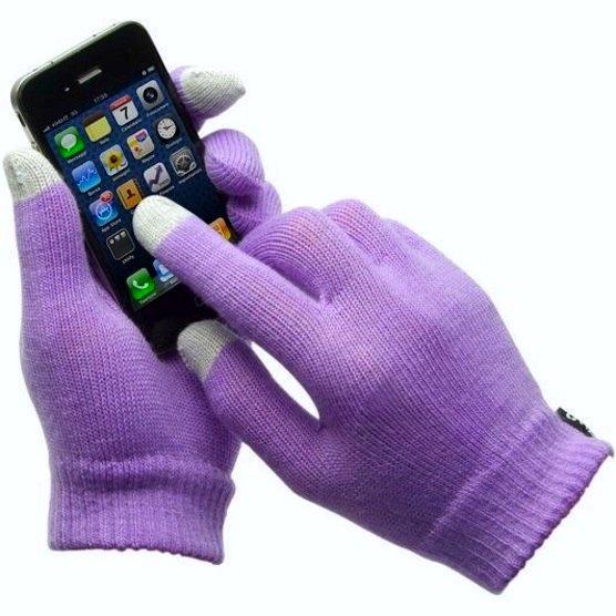 Mit diesen Handschuhen lassen sich in klirrender Kälte SMS tippen. Dank eine leitfähigen Materialschicht an den Fingerspitzen.
