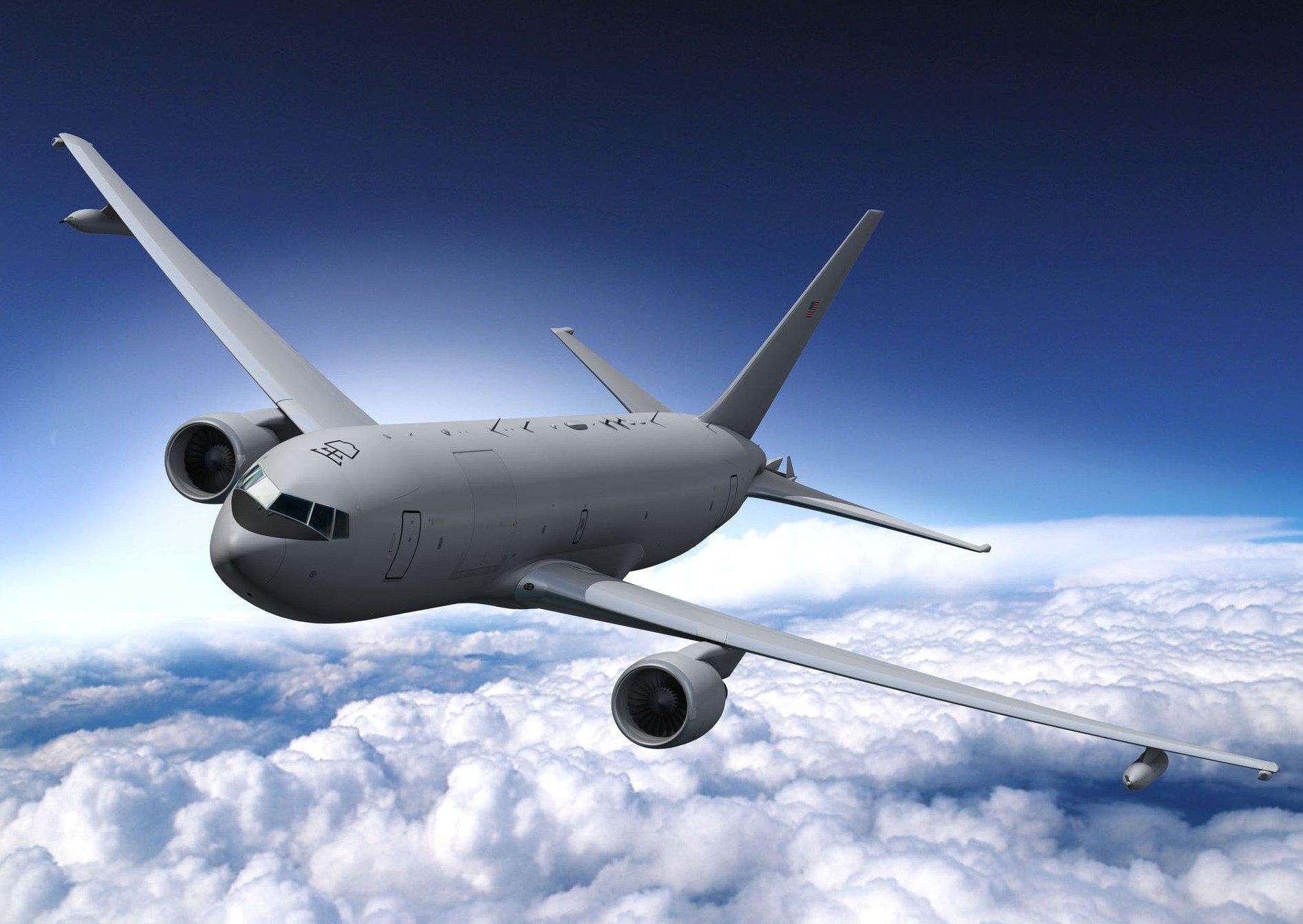 179 Exemplare der KC-46 Pegasus hat die U.S. Air Force geordert. Ab 2015 sollen erste Maschinen ausgeliefert werden. Die Tanker sind eine militärische Version des Boeing Passagierflugzeugs B767. In die Entwicklung wurden vier Milliarden US-Dollar gesteckt. Jetzt plant die amerikanische Luftwaffe den nächsten Schritt: Die Tanker sollen auch unbemannt fliegen und betanken können.