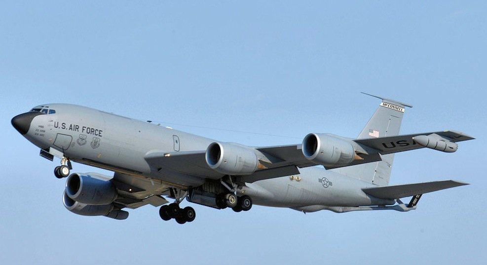 Zu ersetzender KC-135 Tanker der U.S. Air Force.
