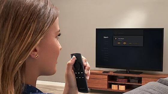 Die Fernsteuerung der Fire-TV-Box von Amazon verfügt über eine Sprachsteuerung. Zuverlässig funktionierte diese in Tests bislang jedoch nicht.