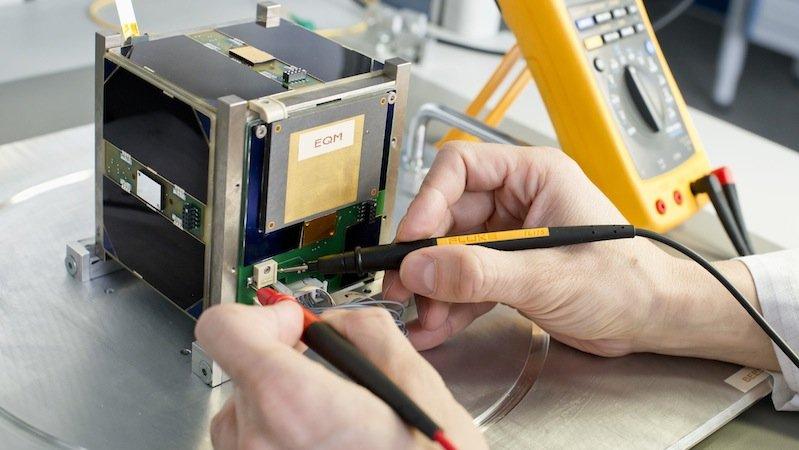 Messungen am Ingenieur-Qualifikationsmodell des Picosatelliten BEESAT-2.