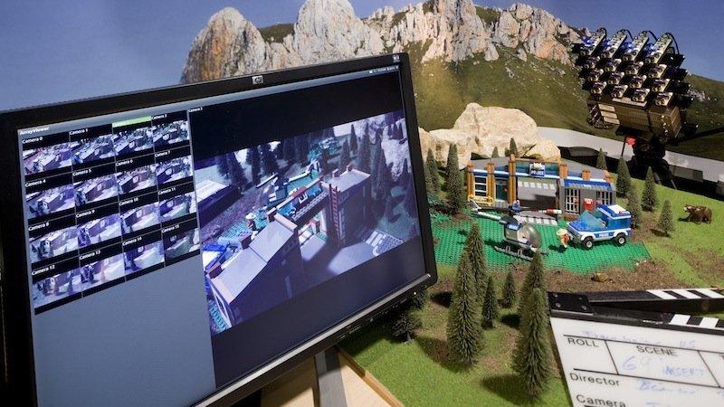Im Miniformat funktioniert das System bereits: 16 Kameras erzeugen eine Art virtuelle Kamera, die sich frei durch die Szene bewegen kann, ohne dass sich die Kameras selbst bewegen. Das würde 3D-Effekte kostengünstiger machen.
