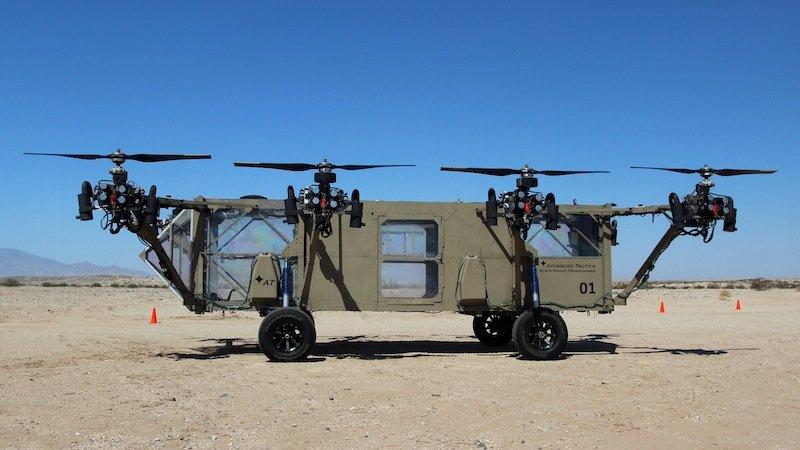 Black Knight Transformer ist auf dem Boden 112 km/h schnell, in der Luft 240 km/h. Das Hybrid könnte in Krisengebieten US-Truppen mit Nachschub versorgen. Es kann 1,5 Tonnen Proviant heben.