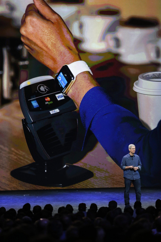 Beim neuen Bezahlsystem Apple Pay genügt es, das iPhone an einen Terminal zu halten und zu warten bis ein Bling-Ton die Zahlung bestätigt.