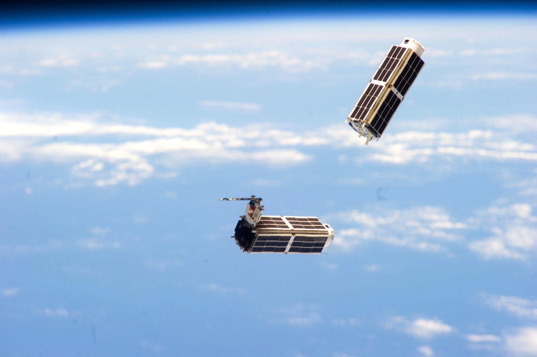 Planet Labs will 28 Minisatelliten um die Erde kreisen lassen, um Bilder in Echtzeit von der Erdoberfläche anbieten zu können.
