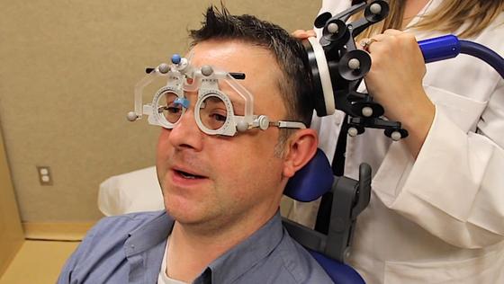 Die Forscher haben bei 16 Versuchspersonen das Gehirn fünf Tage hintereinander elektromagnetisch angeregt – jeweils 20 Minuten. Sie zeigten angeblich eine deutliche Gedächtnissteigerung.