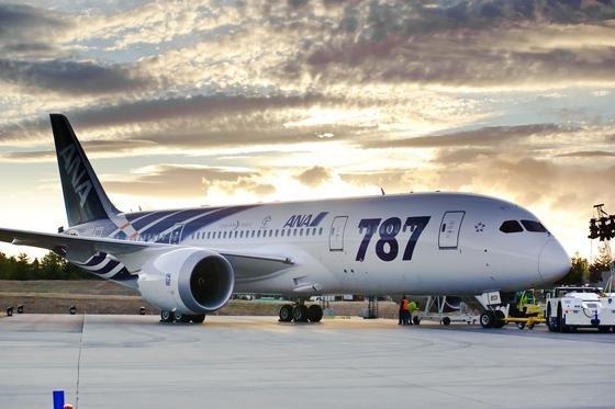 Vor rund 10 Jahren begann Boeing mit der Entwicklung des Langstreckenflugzeugs Dreamliner 787. Dass sich die Entwicklungskosten mittlerweile verfünffacht haben, liegt an einer langen technischen Pannenserie.