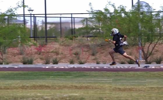 Zwar steigerte sich der Testläufer mit Jetpack auf dem 1,6-Kilometer-Lauf um lediglich 18 Sekunden – von fünf Minuten und 20 Sekunden auf fünf Minuten und zwei Sekunden. Doch mit etwas Übung soll er die Strecke zukünftig in vier Minuten laufen, mit geringem Kraftaufwand.