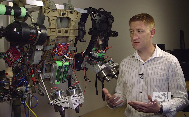 Ingenieure der Arizona State University entwickeln derzeit das Exoskelett mit integrierten Turbinen – im Auftrag des US-Verteidigungsministeriums.