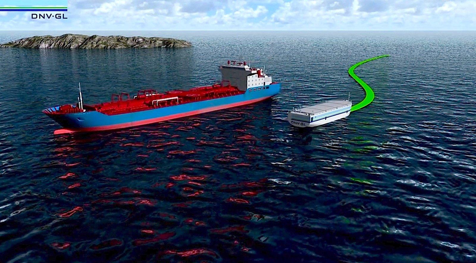 Klein, aber fein: Die ReVolt ist mit einer Breite von 14,5 Metern und einer Länge von 60 Metern ein recht kleines Schiff. Es kann nur 100 Standardcontainer tragen.