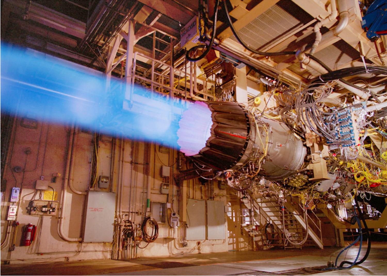 Pratt & Whitney baut das Triebwerk für den Kampfjet F-35 von Lockheed Martin. Die Rüstungsindustrie darf kein hochwertiges Titan aus Russland importieren und fällt deshalb häufiger auf Billiganbieter herein.