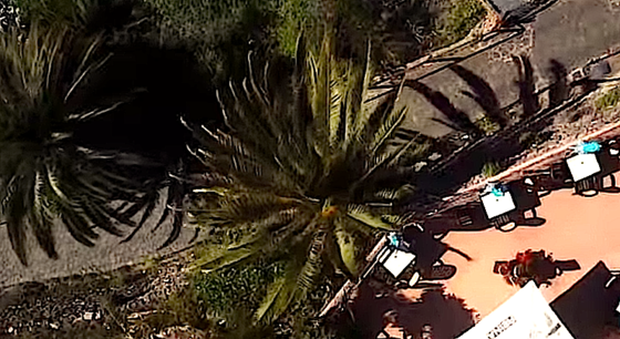 Luftaufnahme mit dem 3D Pocketcopter:Die maximale Flughöhe der Drohne beträgt zehn Meter, der Winkel der Kamera 150 Grad. Die Bilder landen auf einer 64 GByte MicroSD-Karte.