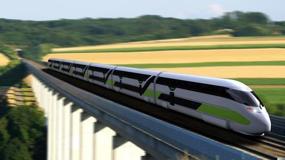 Ultraleicht und doppelstöckig: Der NGT LINK ist ein siebenteiliger doppelstöckiger ultraleichter Zug mit einer Länge von 120 Metern.