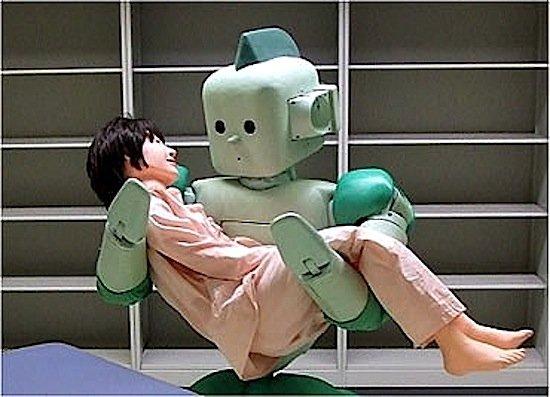 Auch in der Pflege könnten künftig humanoide Roboter eingesetzt werden. Ein leicht geneigter Kopf und ein Lächeln auf den Lippen der Maschine würde die Akzeptanz beim Menschen erhöhen.