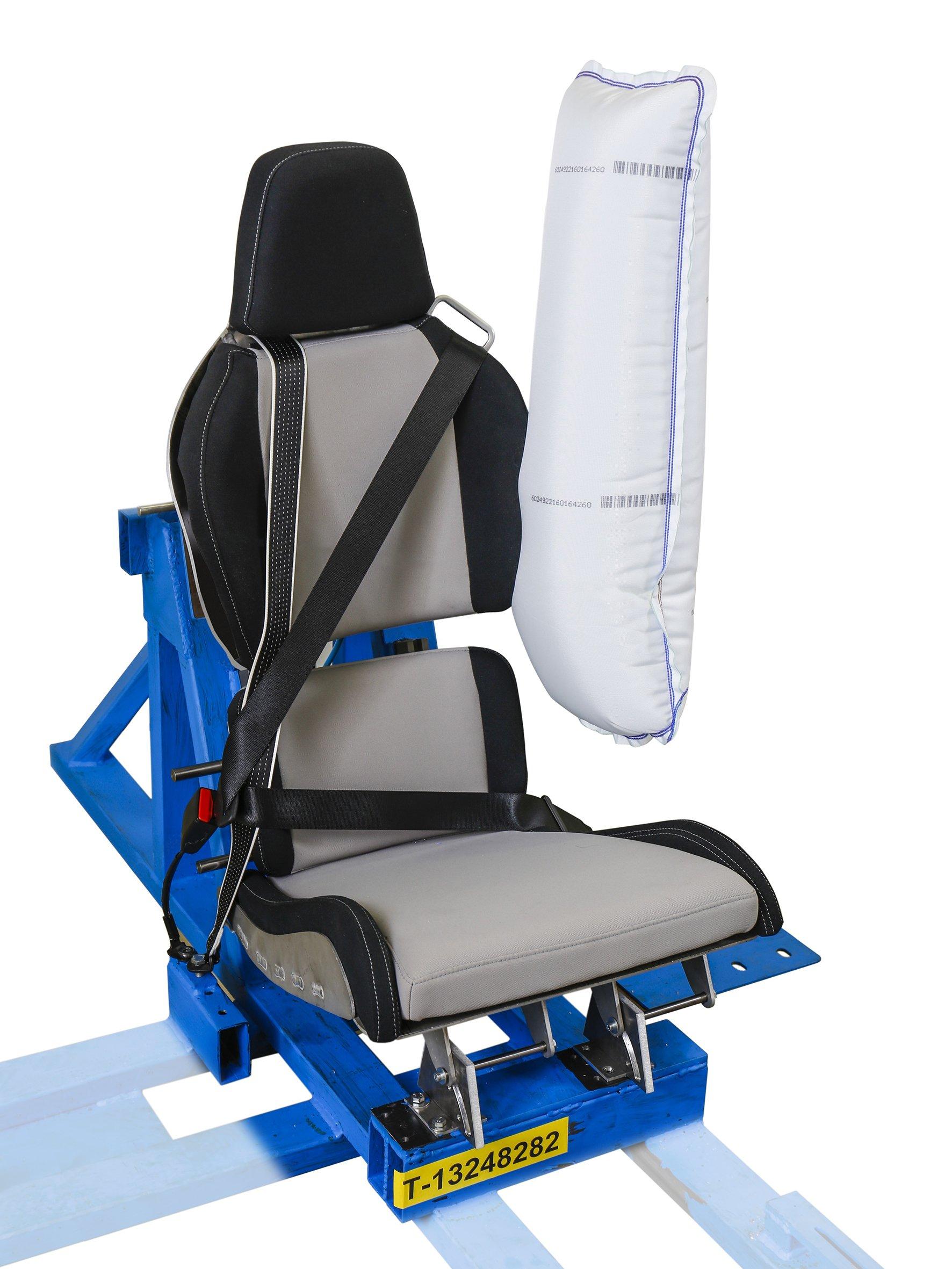 Sitzkonstruktion des Visio.M mit Seitenairbag, Drei-und-Zwei-Punkt-Gurtsystem und Innenverschiebung des Sitzes.