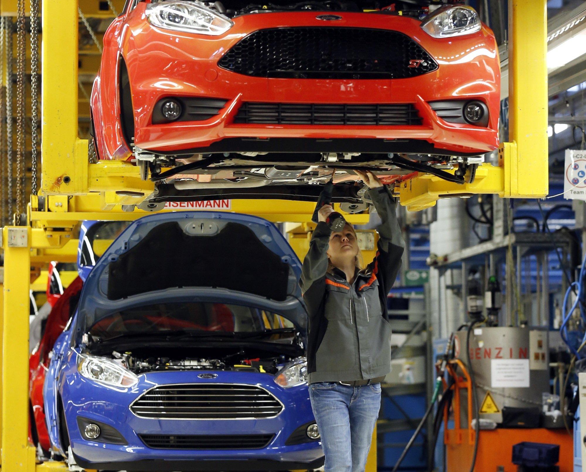 Fiesta-Produktion bei Ford in Köln: Weil der Absatz vor allem in Südeuropa schwächelt, arbeitet Ford im Oktober und November kurz.