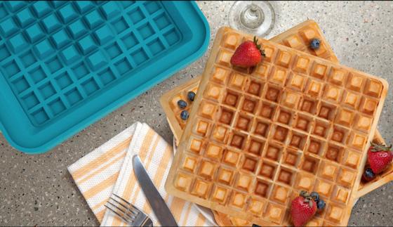 Überraschung für die Liebste oder den Liebsten beim Frühstück: Mit dem Pixel Waffle Iron lässt sich beispielsweise ein Herz in die Waffel brennen.
