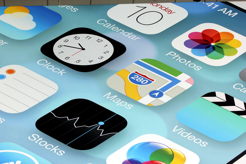 Die Fraunhofer-Forscher haben 14.600 Apps für iOS unter die Lupe genommen. Die alarmierende Bilanz: Über 60 Prozent sind für Unternehmen ungeeignet, weil Programmierer Sicherheitsvorschriften nicht einhalten.