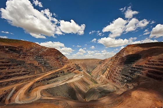 In Zukunft soll die 3D-Technik auch im Diamantbergbau zum Einsatz kommen:In derArgyle-Diamantenmine in Westaustralien hat Rio Tinto nach eigenen Angaben schon Diamanten im Wert von über sechs Milliarden US-Dollar gefördert.