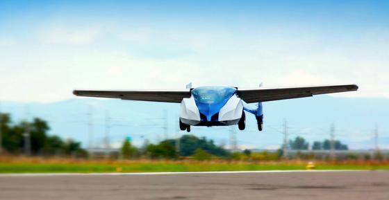 Und es kann wirklich fliegen, das Aeromobil aus der Slowakei. Das will EntwicklerStefan Klein auf dem Pioneer Festival Ende Oktober in Wien beweisen.