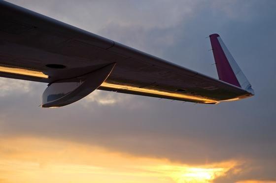 Flügel eines Airbus A320: Siemens hat einen neuen Aktor entwickelt, der praktisch ohne Verzögerung Landeklappen bewegen kann.