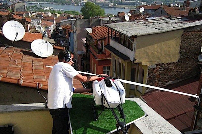 Drohne am Set des Blockbusters Skyfall in Istanbul. Solche Einsätze hatte die Flugbehörde in den USA bislang verboten.