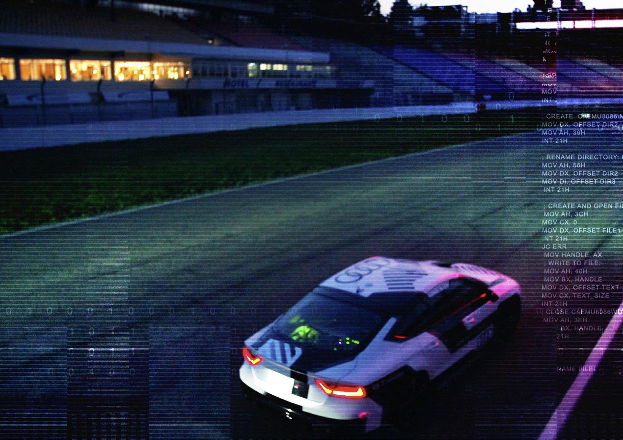 Audi will jetzt erstmals das autonome Fahren auf einer Rennstrecke ohne Fahrer testen.
