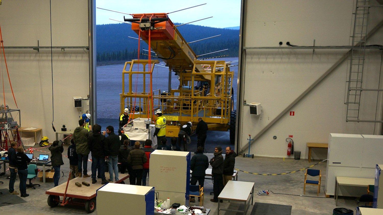 Die Gondel des Forschungsballons Bexus am Startwagen.