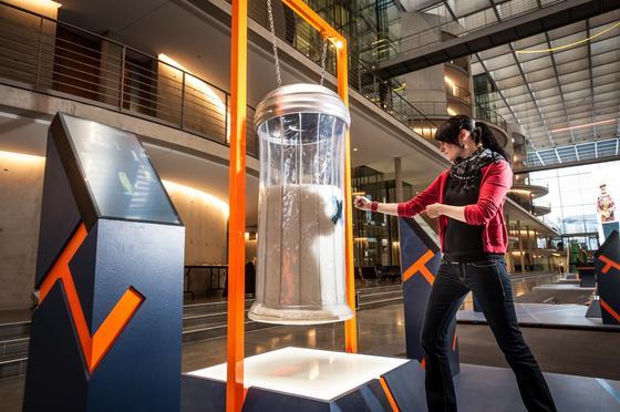 Frust durch Boxen abbauen: Die Medizin der Zukunft ist in der Ausstellung Ideen 2020 präventiv und personalisiert.