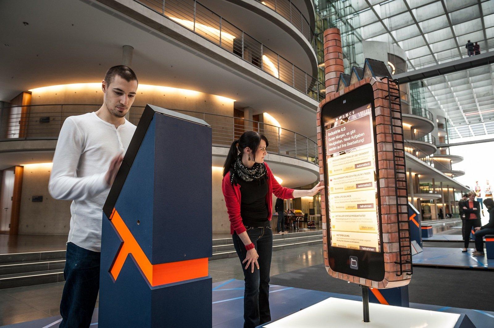 Auch das Thema Industrie 4.0 wird in der Ausstellung Ideen 2020 thematisiert.
