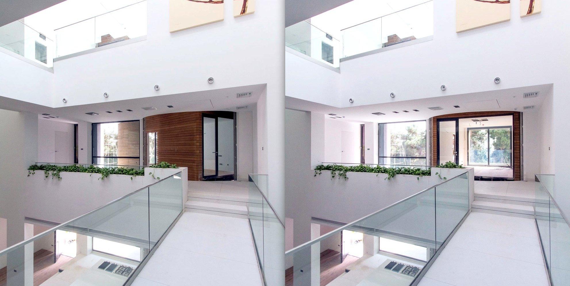 Blick aus dem Haus auf eine der Boxen: Links im Bild ist der Raum noch fast geschlossen, rechts ist die Box gedreht und fängt das Sonnenlicht ein.