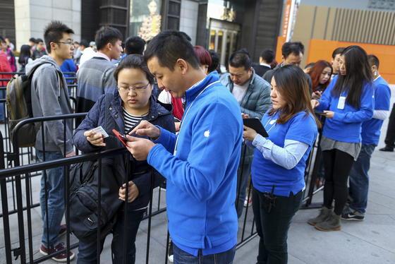 Am 17. Oktober begann der Verkauf des iPhone 6 in China. Nur wenige Tage später stellen unbekannte Hacker die Datensicherheit der Apple iCloud in Frage.