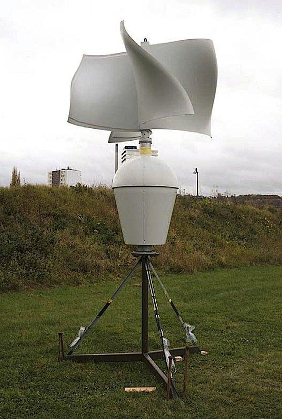 Die Bundeswehr stellt den Saarbrücker Forschern eine Kleinstwindkraftanlage zur Verfügung. Sie soll Daten für ein Prognosemodell liefern, mit dem sich vorhersagen lässt, wie viel Strom ein Windrad an einem bestimmten Ort liefern könnte.