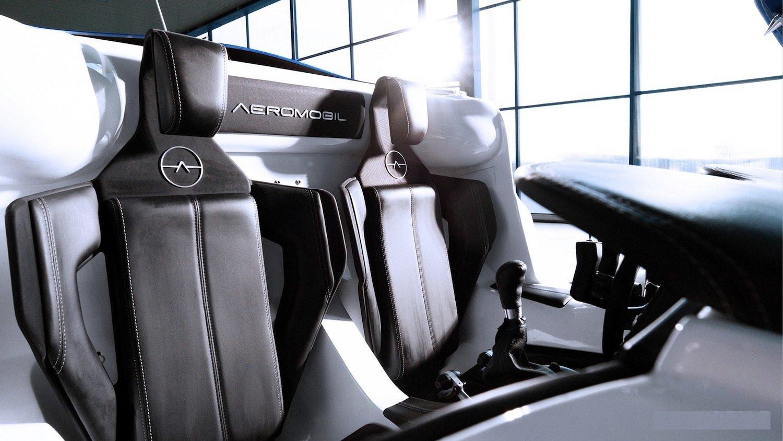 Kabine des Aeromobils: Zwei Passagieren bietet das fliegende Auto der slowakischen Ingenieure Platz.