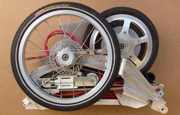 Gefalltet passt das Bike Intermodal sogar in einen Aktenkoffer.